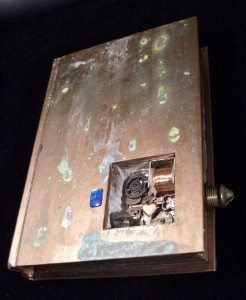 Altered Book Steampunk